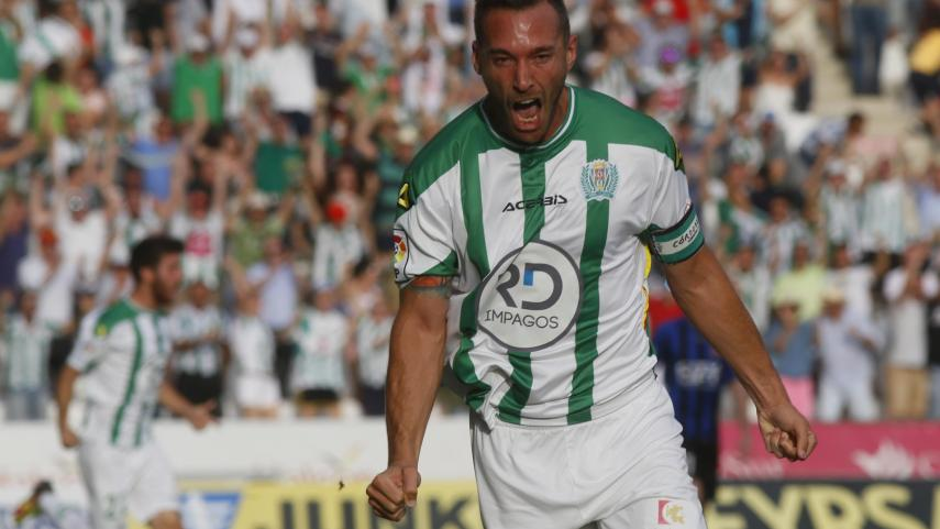 Xisco gives Cordoba the upper hand