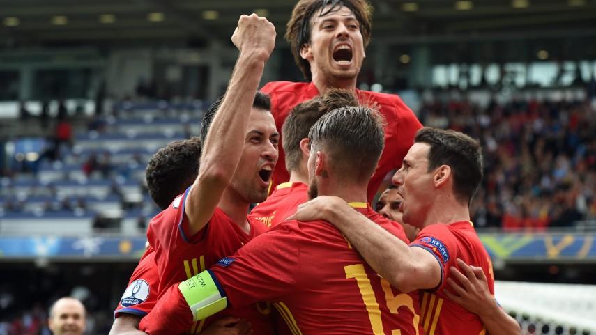 Piqué da a España un trabajado triunfo en su estreno en la Eurocopa