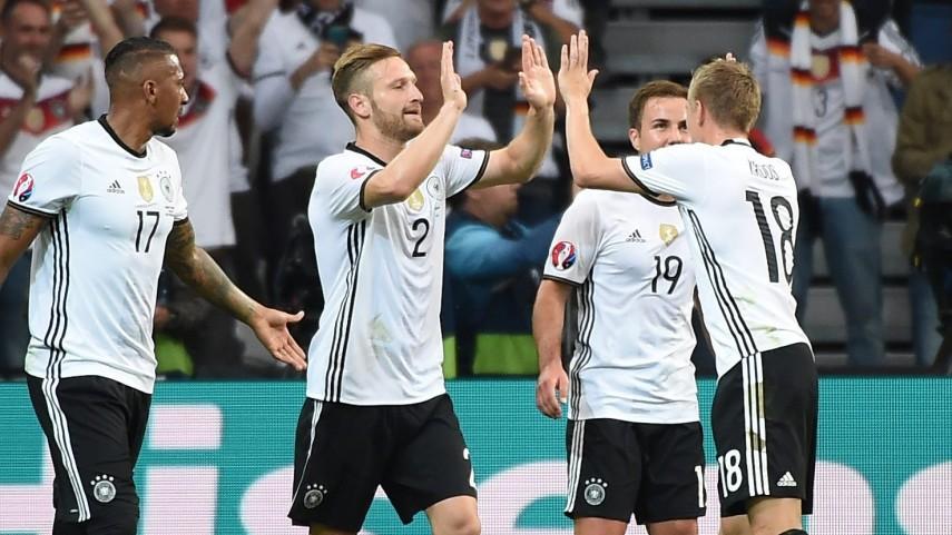 Kroos se corona y Mustafi conquista el corazón de los aficionados mientras Alemania se conjura para ganar