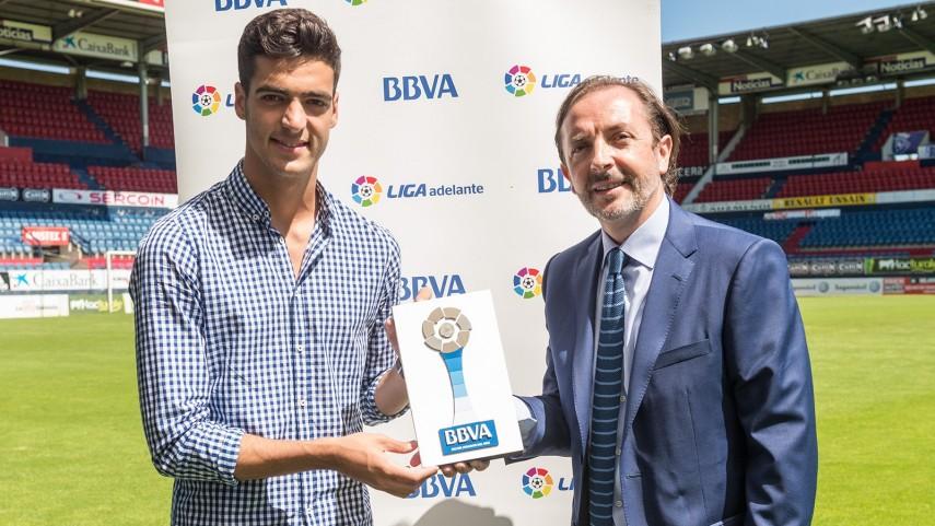 Mikel Merino, Mejor Jugador de la Liga Adelante en Junio