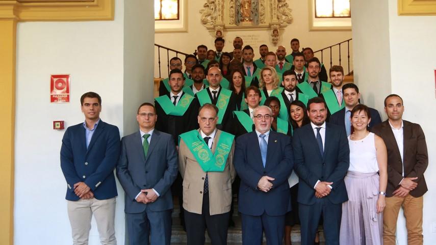 Javier Tebas destaca los valores de la UCAM en la entrega de diplomas de los másteres de Dirección y Gestión Deportiva