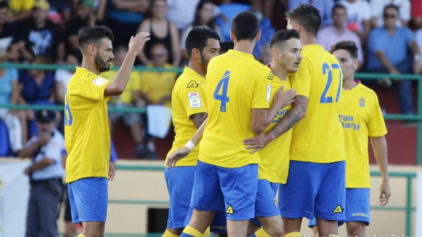 Goleada y mucho fútbol en el estreno de la pretemporada de Las Palmas