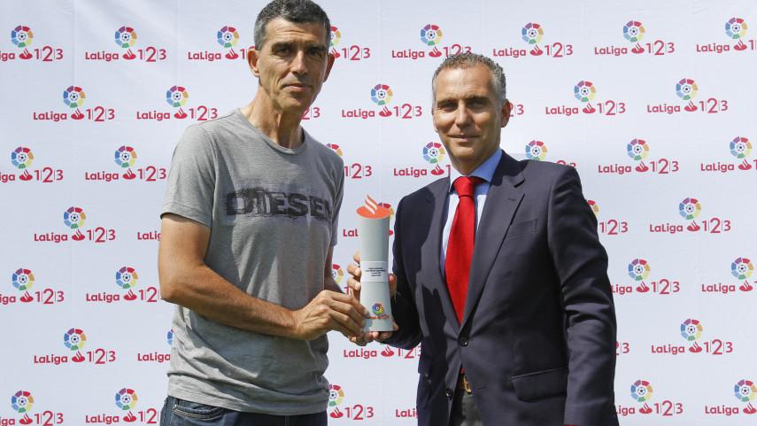 Juan Ramón López Muñiz, Mejor Entrenador de LaLiga 1l2l3 en agosto