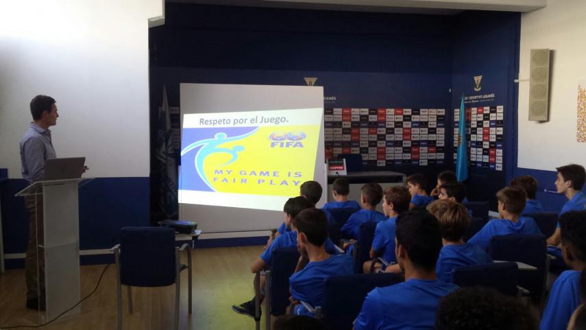 La cantera del CD Leganés inaugura los talleres de Integridad de LaLiga