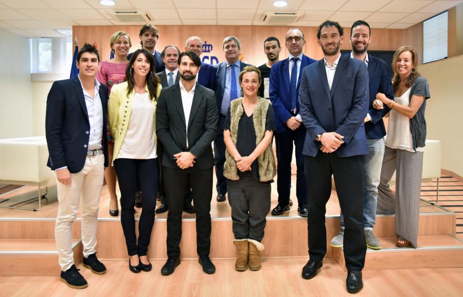 Presentado el programa executive en gesti n deportiva del for Oficinas santander malaga