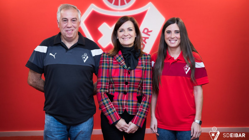 Ipurua abrirá sus puertas para el fútbol femenino
