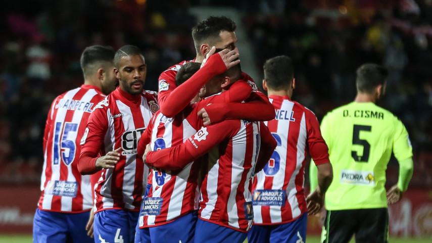 Levante y Girona se consolidan en los puestos de ascenso directo