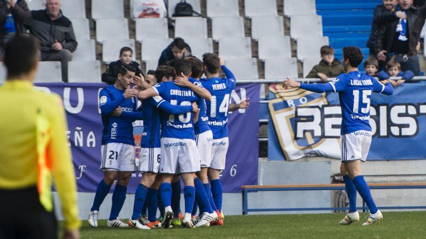 Tenerife y Real Oviedo pujan fuerte por el play-off