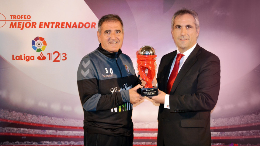 Paco Herrera named LaLiga 1l2l3 Manager of the Month for January