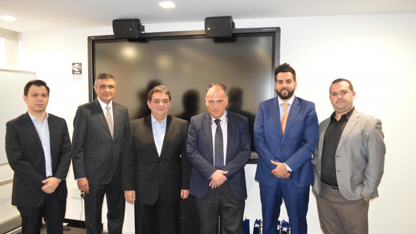 Javier Tebas recibe a representantes de la Asociación de Venezuela de Fútbol