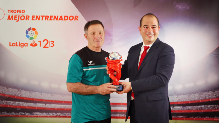 Juan Antonio Anquela named LaLiga 1|2|3 Manager of the Month for March