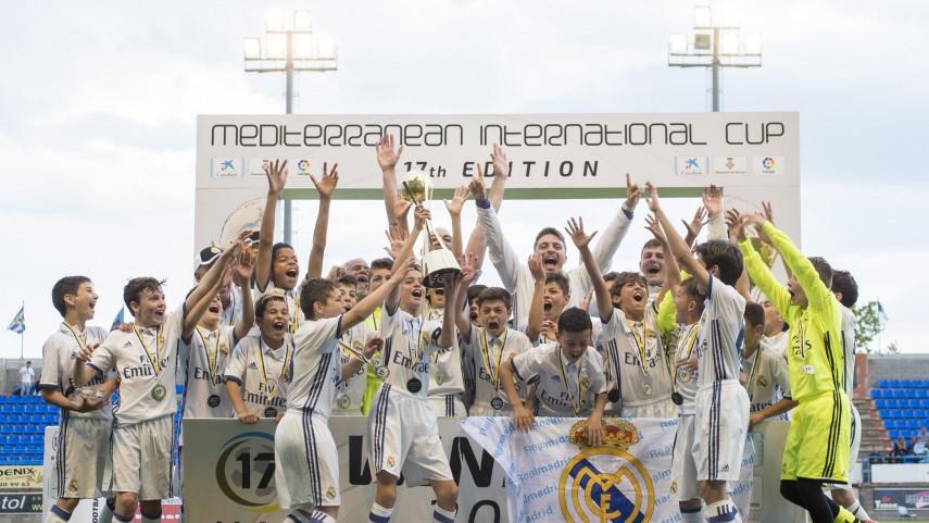 RCD Espanyol y Real Madrid Alevines triunfan en Palamós en las primeras finales del MIC'17
