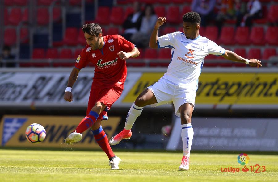 Dani Calvo salva un punto en el descuento (Numancia 1 - Tenerife 1) | Imagen 4
