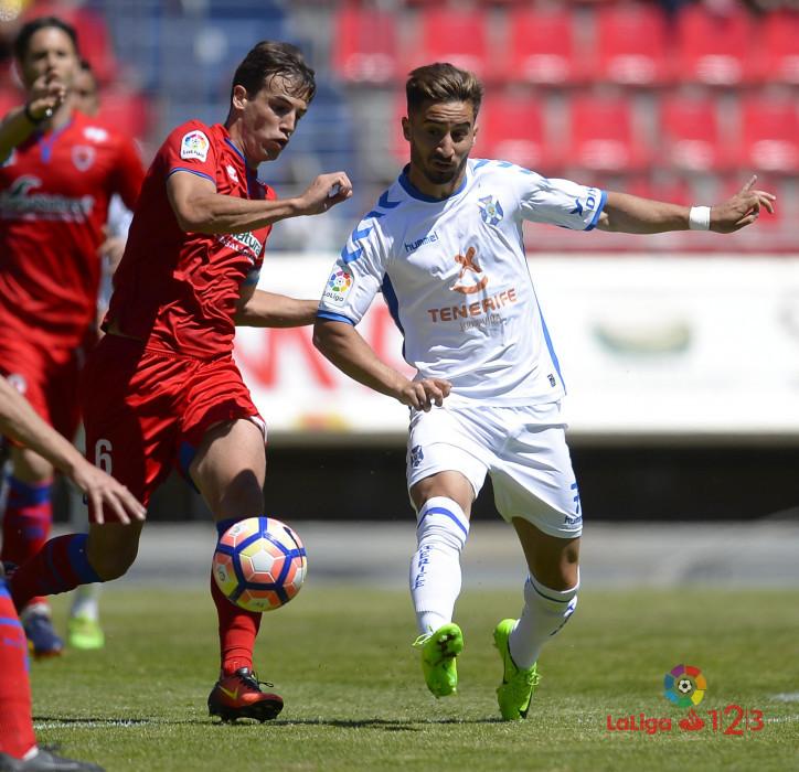 Dani Calvo salva un punto en el descuento (Numancia 1 - Tenerife 1) | Imagen 1