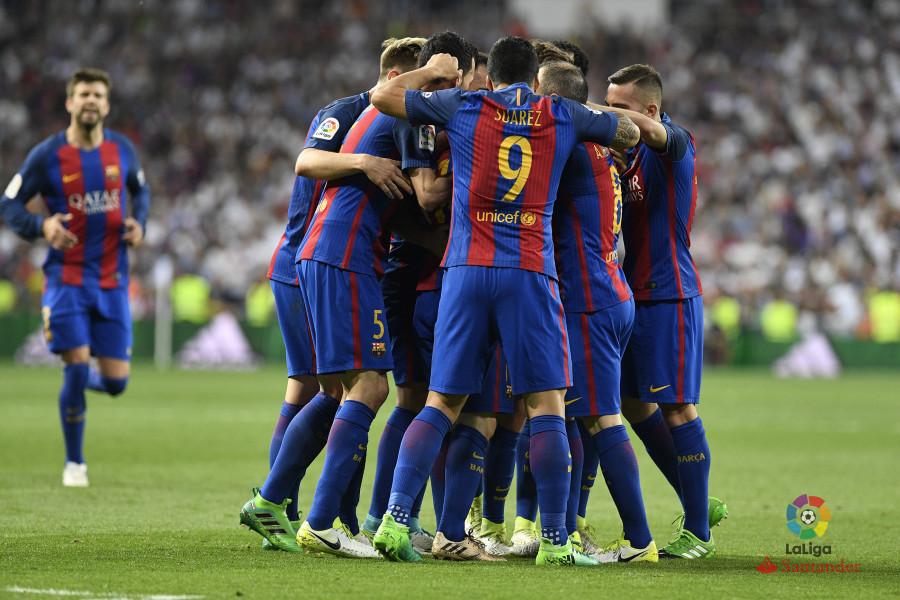 R madrid-barcelona maçından kareler