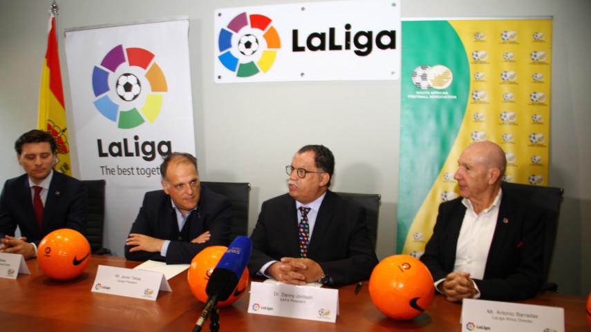 LaLiga, comprometida con el desarrollo del fútbol en Sudáfrica