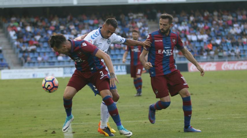 El Levante se corona campeón y la permanencia se aprieta en LaLiga 1 2 3