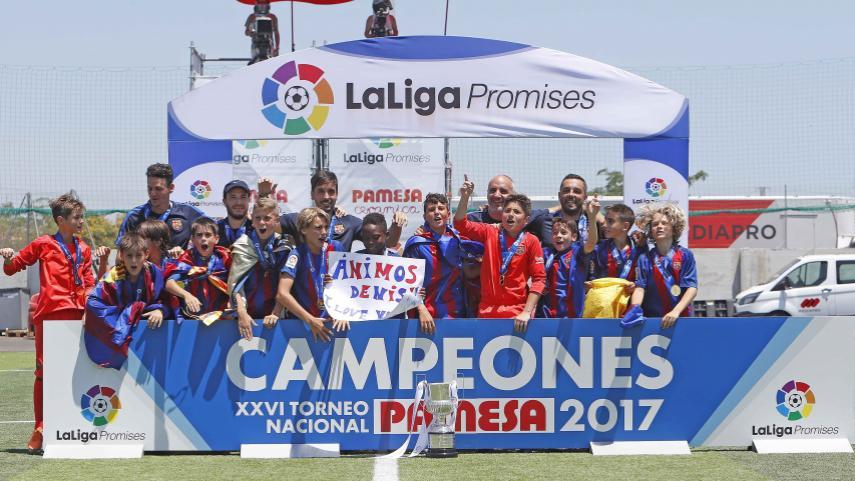 El FC Barcelona, campeón de LaLiga Promises