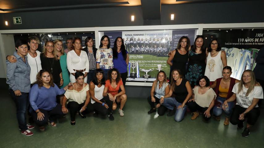 El Málaga CF inaugura una vitrina para el fútbol femenino