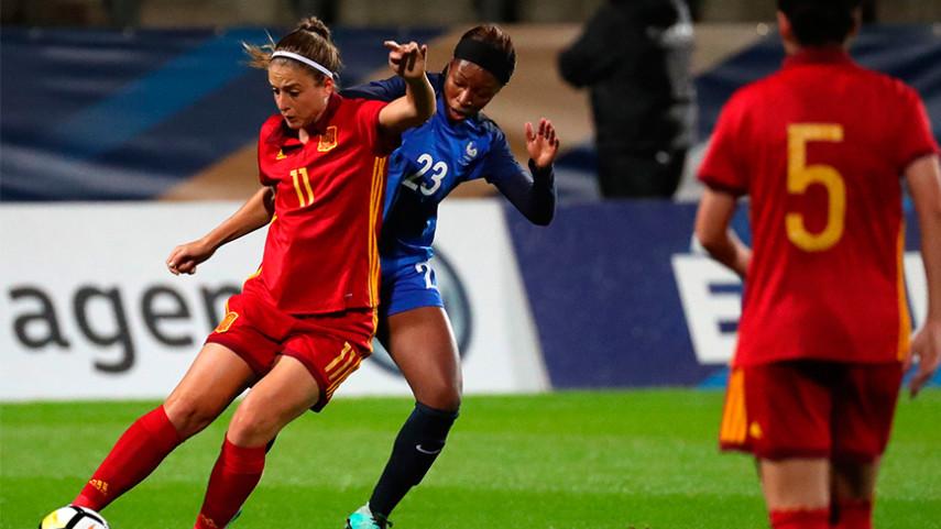 España vence por la mínima a Serbia en su camino hacia el Mundial del 2019