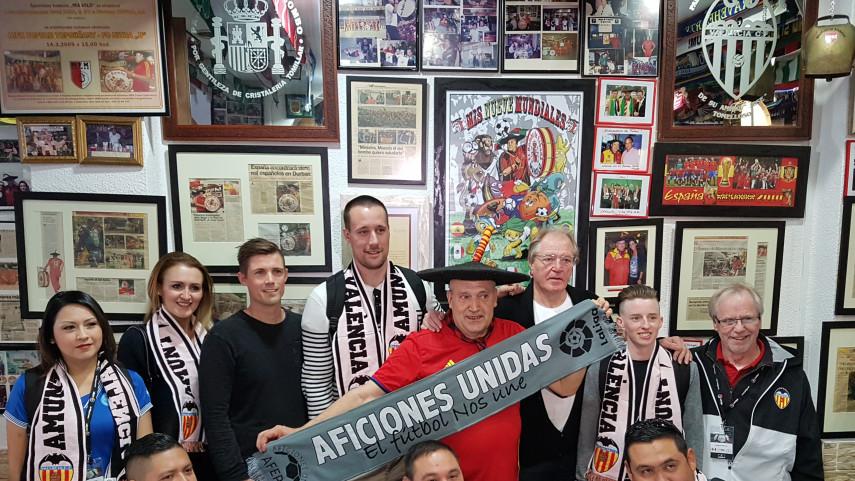 Aficiones Unidas y las peñas de Valencia CF y FC Barcelona, con LaLiga Santander Experience