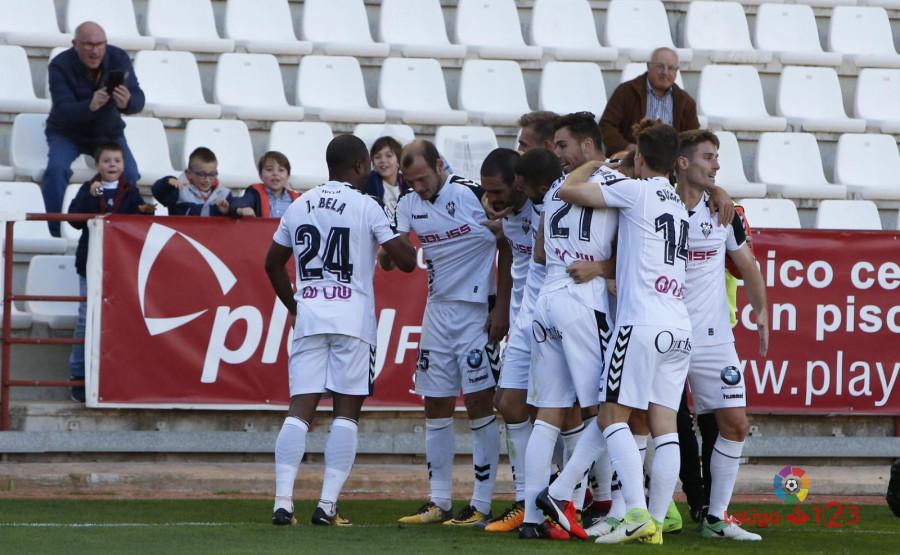Зозуля забивает свой третий гол в Ла Лиге 2 - изображение 1