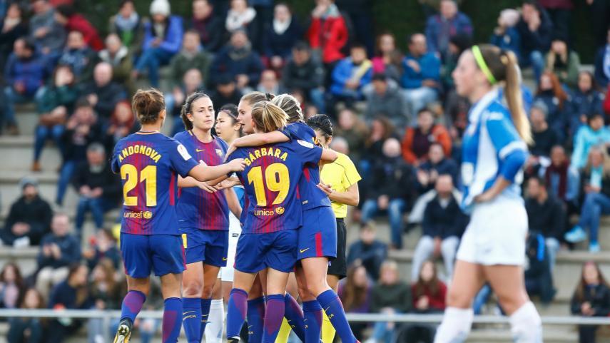 El Barcelona se lleva el derbi ante el Espanyol y recupera el liderato de la Liga Iberdrola
