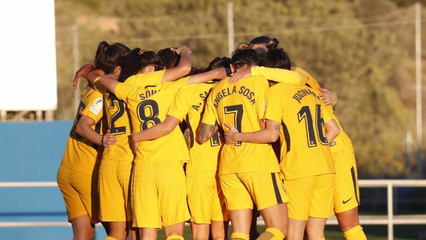 El At. Madrid Femenino golea y mantiene el pulso con el FC Barcelona