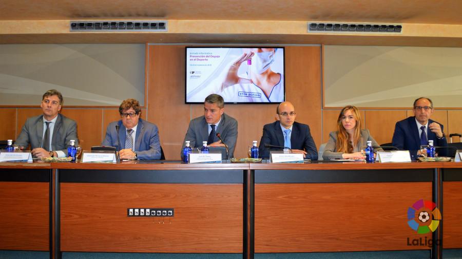 LaLiga y la AEPSAD celebran una jornada informativa de prevención del dopaje en el deporte