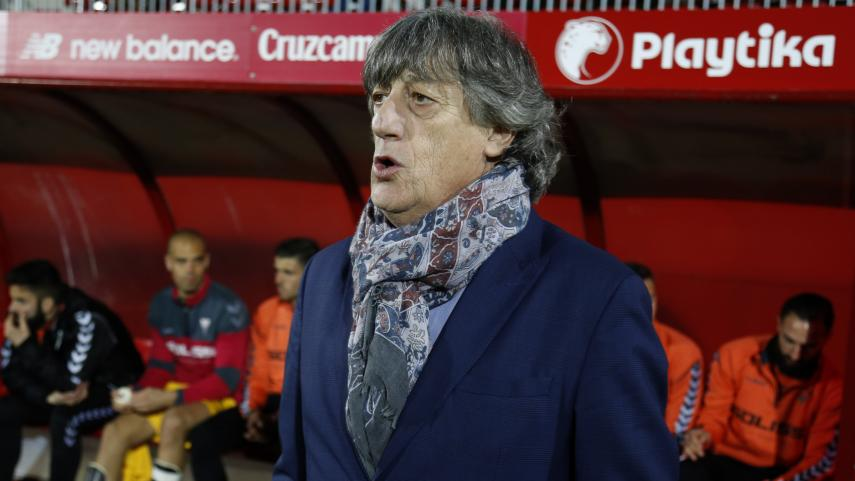 Enrique Martín deja de ser entrenador del Albacete B.