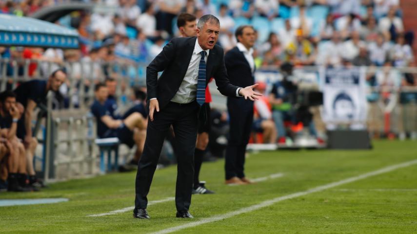 Lucas Alcaraz deja el banquillo del Almería