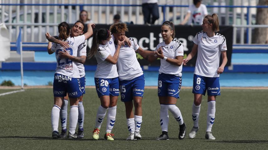 El Zaragoza CFF vence al Athletic y se aferra a la permanencia