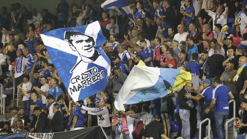 La mejor afición de LaLiga 123 esta temporada es la del Club Deportivo Tenerife SAD