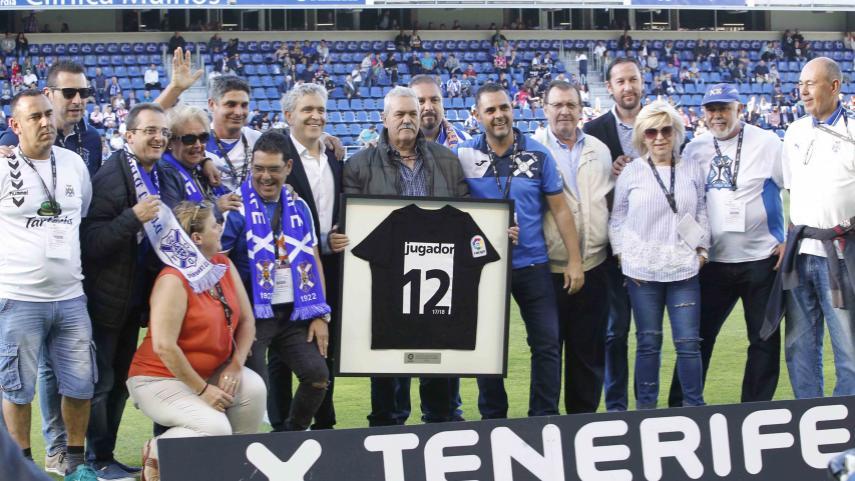 La Federación de Peñas del CD Tenerife SAD ya tiene su reconocimiento como mejor afición de LaLiga 123 esta temporada