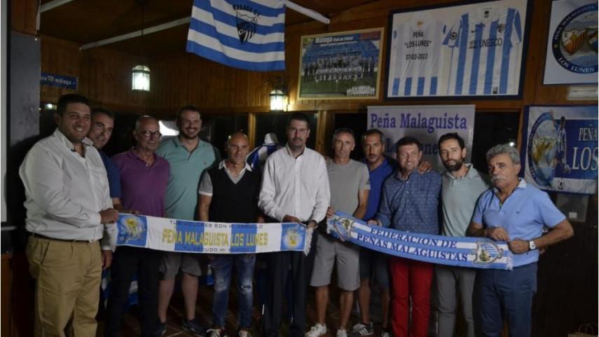 Movilla recibe el VIII Trofeo Malaguista Leyenda de la Peña Los Lunes