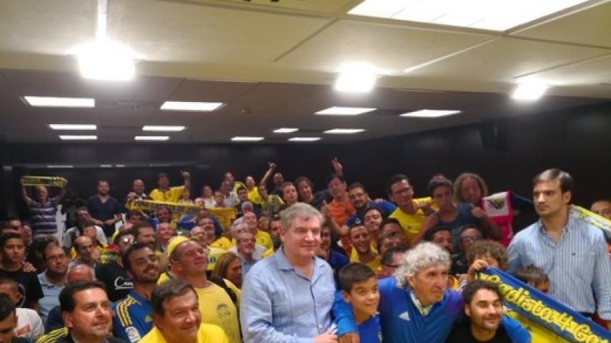 El reencuentro de Mágico González con las peñas del Cádiz CF