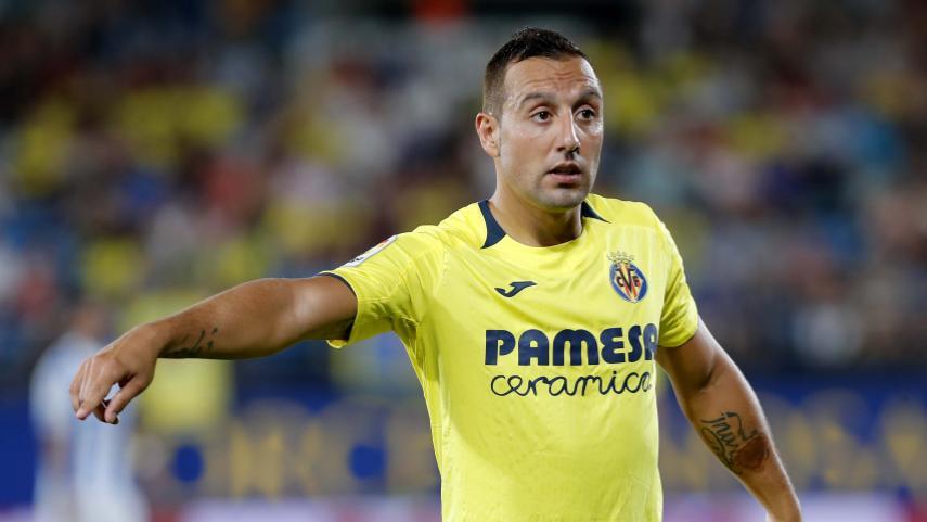 Santi Cazorla at the helm of the Yellow Submarine