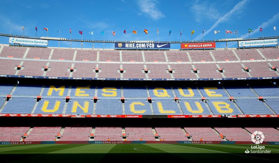 صور مباراة : برشلونة - هويسكا 8-2 ( 02-09-2018 )  W_900x700_02162618_b3z2185