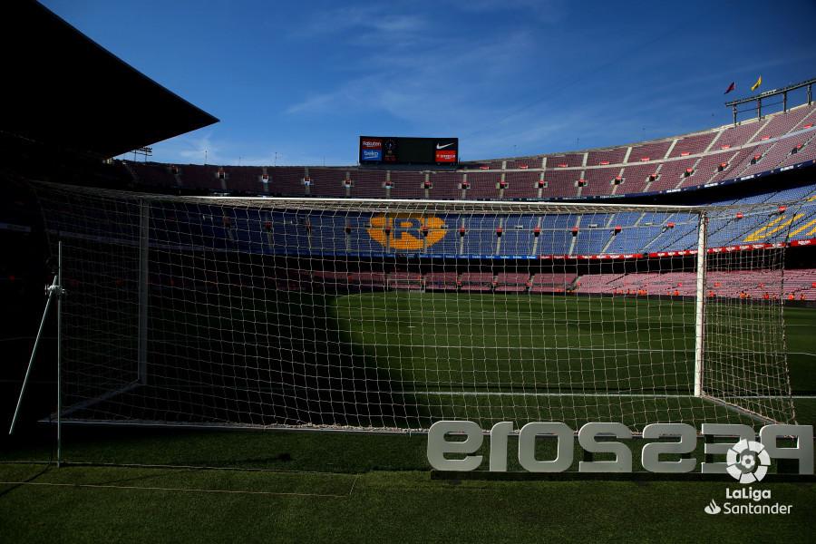 صور مباراة : برشلونة - هويسكا 8-2 ( 02-09-2018 )  W_900x700_02163459_b3z2187