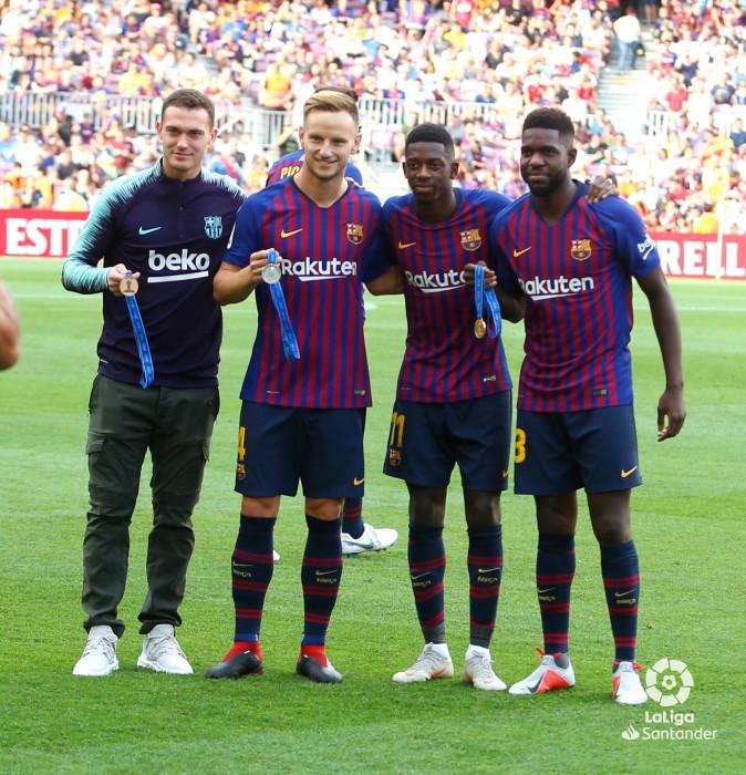 صور مباراة : برشلونة - هويسكا 8-2 ( 02-09-2018 )  W_900x700_02183615_b3z2303
