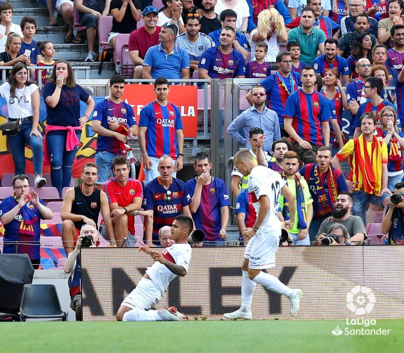 صور مباراة : برشلونة - هويسكا 8-2 ( 02-09-2018 )  W_900x700_02183925_b3z2331