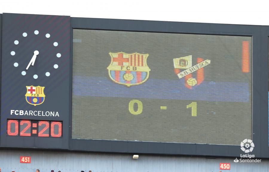 صور مباراة : برشلونة - هويسكا 8-2 ( 02-09-2018 )  W_900x700_02184202_b3z2372