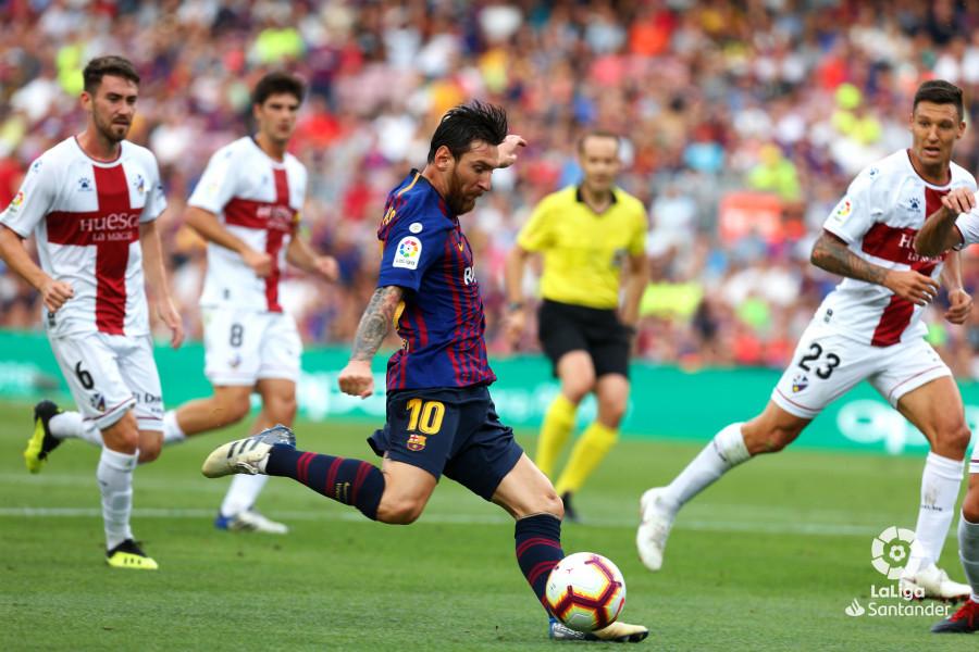 صور مباراة : برشلونة - هويسكا 8-2 ( 02-09-2018 )  W_900x700_02185247_b3z2449