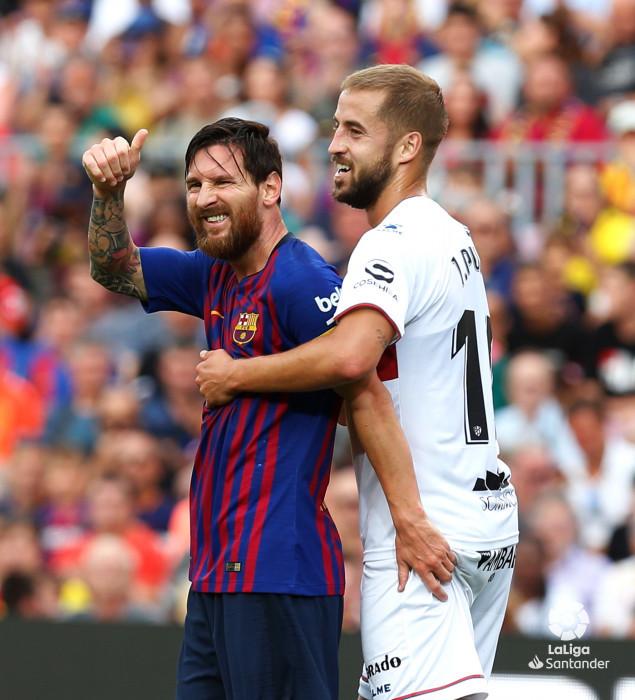 صور مباراة : برشلونة - هويسكا 8-2 ( 02-09-2018 )  W_900x700_02185835_b3z2513