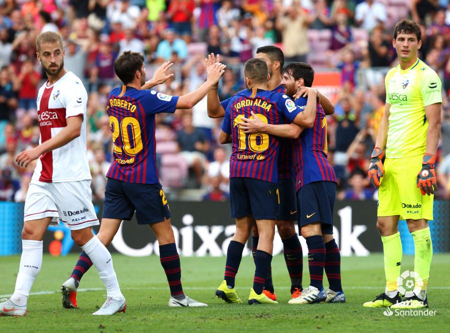 صور مباراة : برشلونة - هويسكا 8-2 ( 02-09-2018 )  W_900x700_02190221_b3z2546