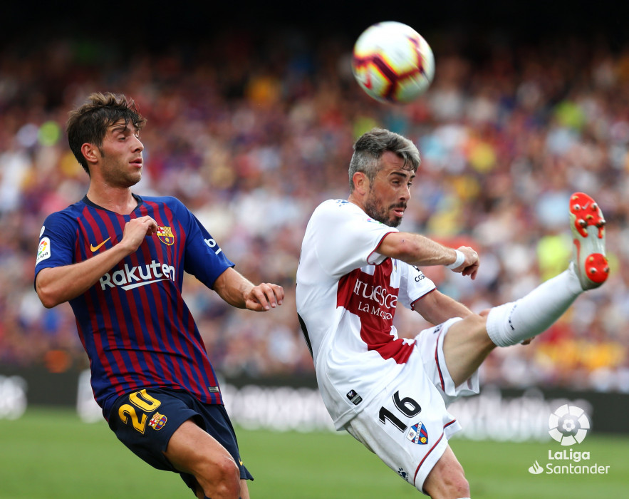 صور مباراة : برشلونة - هويسكا 8-2 ( 02-09-2018 )  W_900x700_02190444_b3z2573