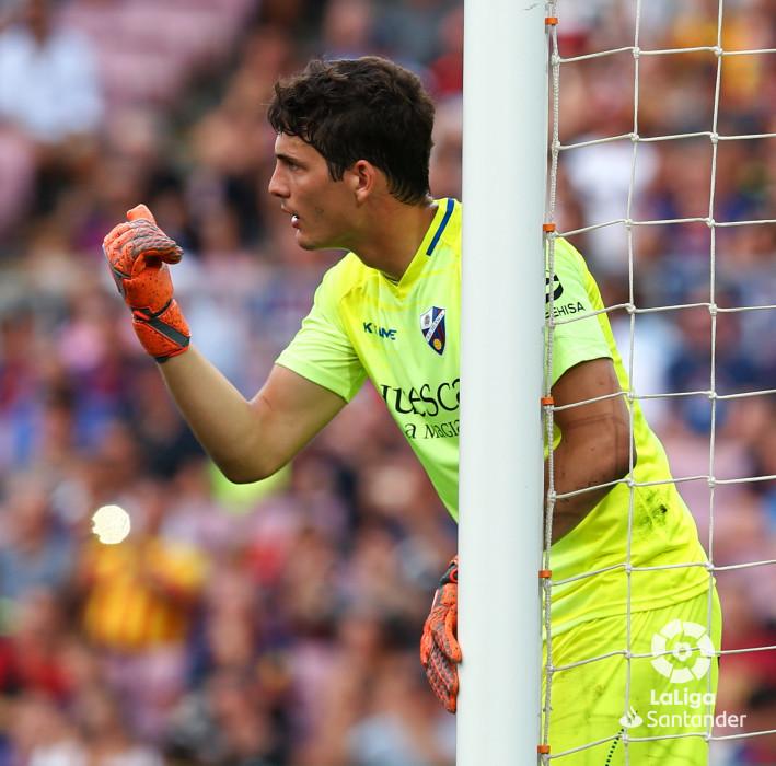 صور مباراة : برشلونة - هويسكا 8-2 ( 02-09-2018 )  W_900x700_02191100_b3z2595