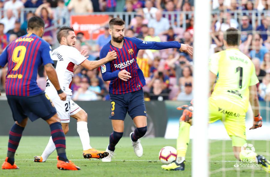 صور مباراة : برشلونة - هويسكا 8-2 ( 02-09-2018 )  W_900x700_02191515_b3z2620
