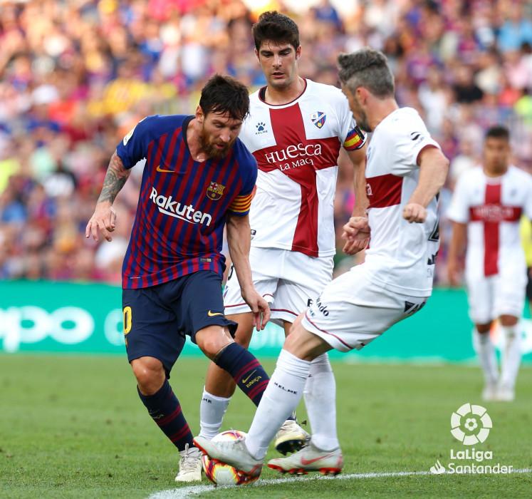صور مباراة : برشلونة - هويسكا 8-2 ( 02-09-2018 )  W_900x700_02193816_b3z2701