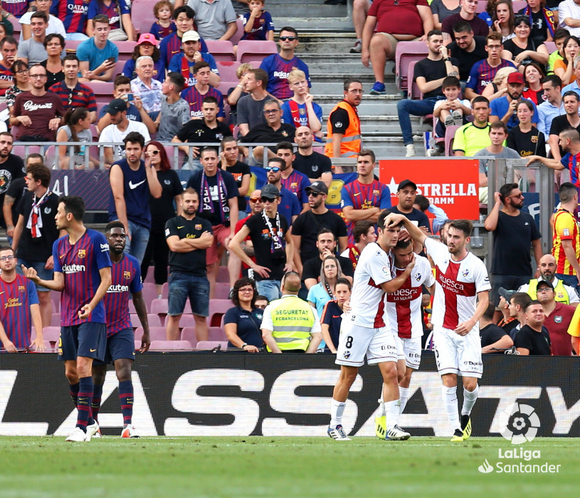 صور مباراة : برشلونة - هويسكا 8-2 ( 02-09-2018 )  W_900x700_02194158_b3z2730